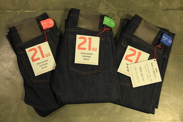 THE UNBRANDED BRAND 21oz Heavy Weight Japanese raw sanforized selvedge denim
