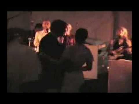 Chris Martin and Gwyneth Paltrow duet @ friend's wedding