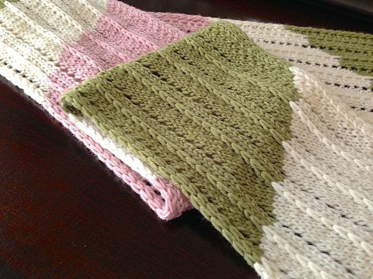 Parallelity Scarf in soft pink, green and cream. So pretty.