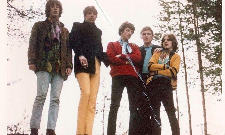 SILVERY NYT JA ENNEN - JYVÄSKYLÄN KESÄ 10.7.2015 Keski-Suomen valtakunnallisesti tunnetuin ja suosituin (vuosina 1966-69) pop-yhtye Silvery soittaa stemmapoppia 1960-luvulta tähän päivään.