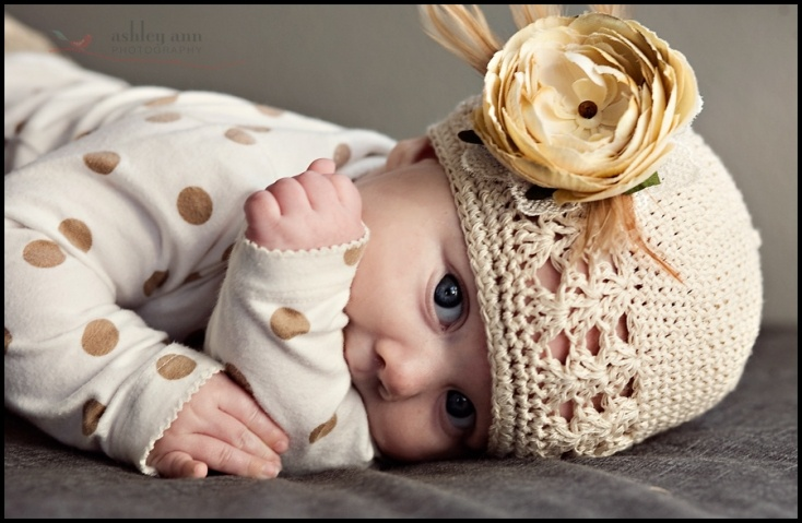 Flapper flower clip. don't know which is cuter, the flower or the baby!!