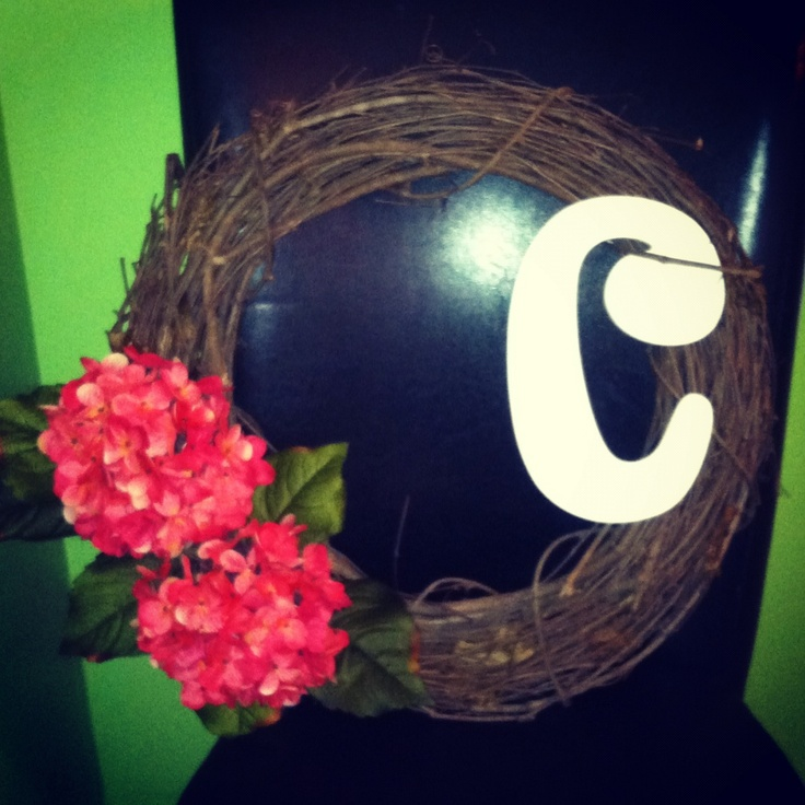 DIY Spring Wreath with initial