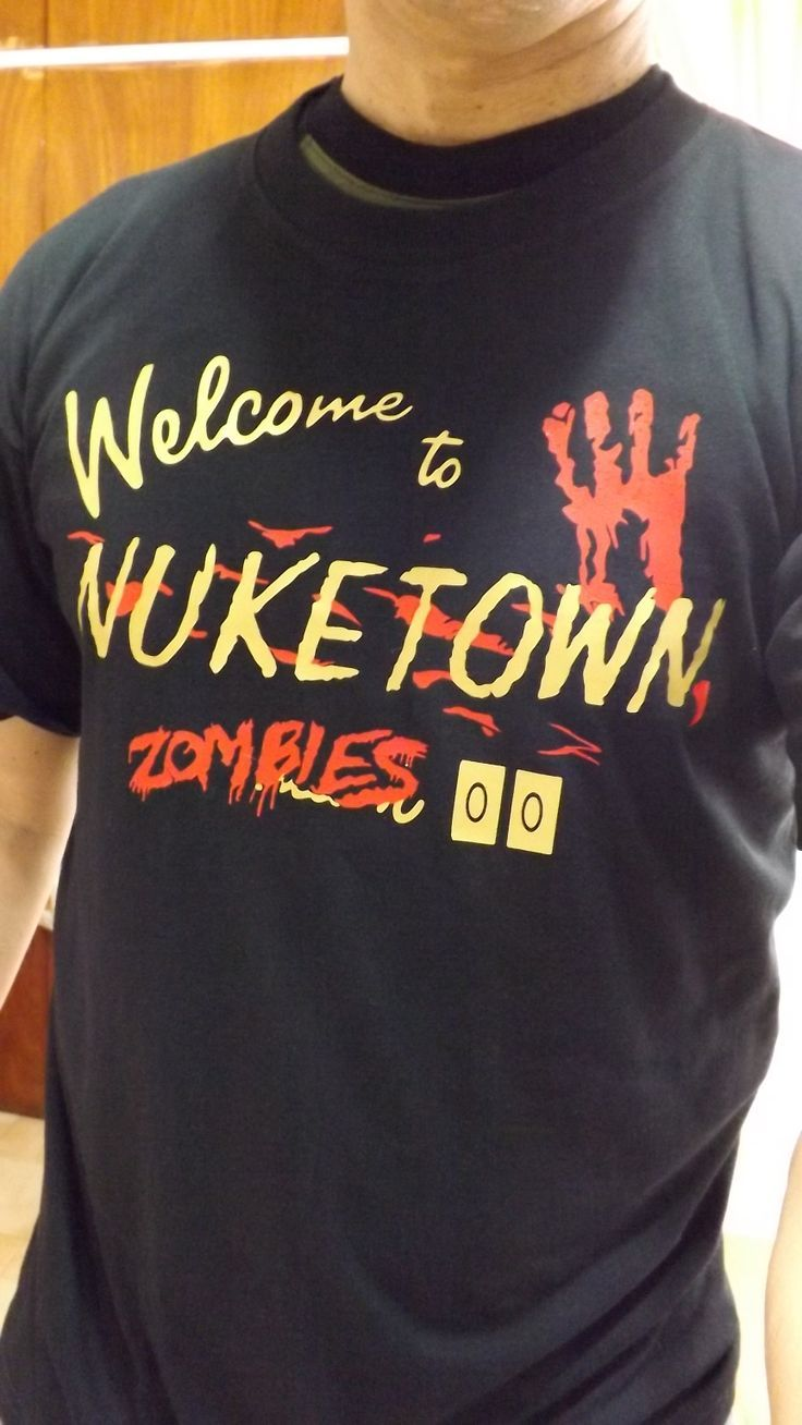 Nuketown Zombies / tshirt / remera / franela