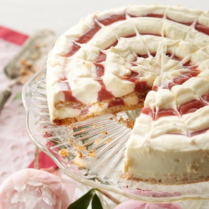 Raparperi-valkosuklaamoussekakku // Rhubarb & White Cocolate Mousse Cake Food & Style Emilia Kolari Photo Timo Villanen Maku 2/2012, www.maku.fi