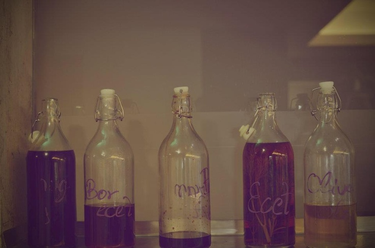 home-made vinegars and aromatic oils, #vinegar, #oil, #food