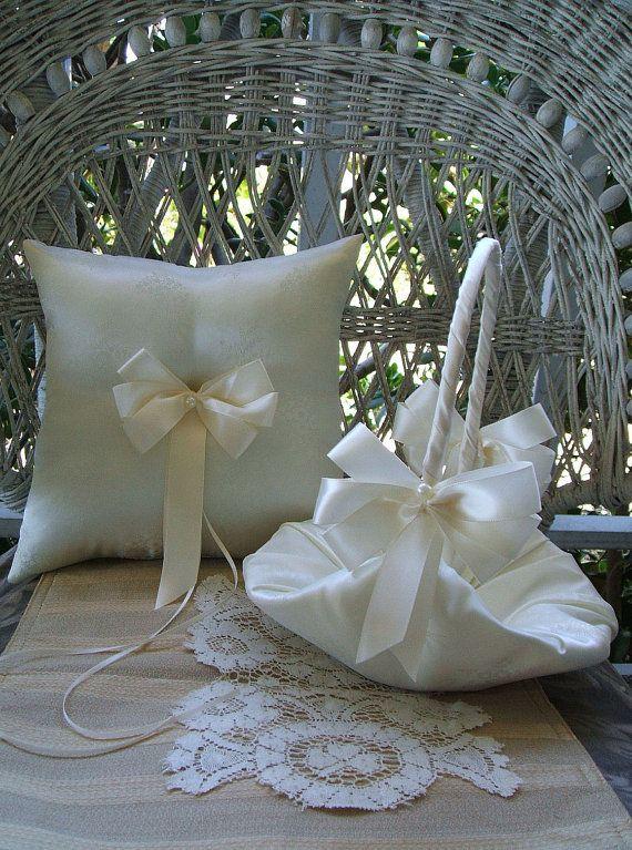 BELLA canasta & anillo de bodas almohada hecha a mano disponible en blanco o marfil