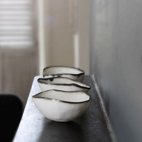 I love the irregular edge of these ceramic bowls