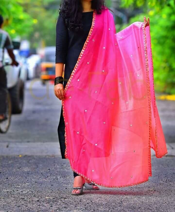 Overall black and pink dupatta