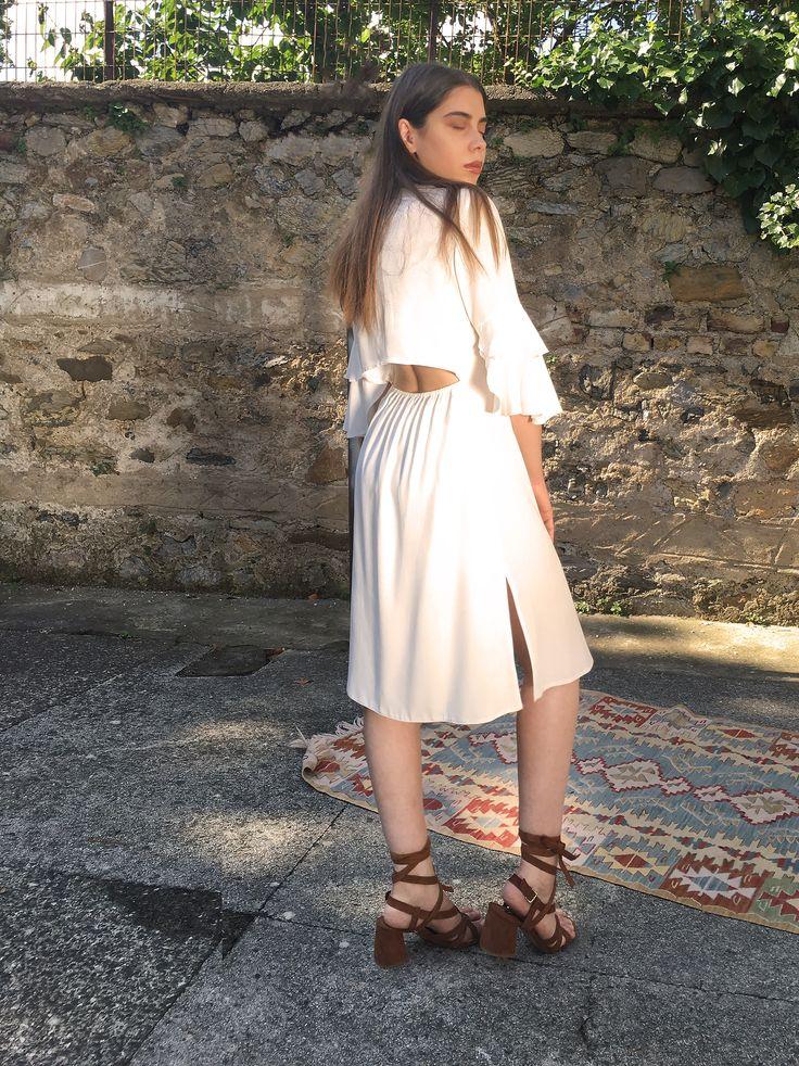 Leila Gömlek Elbise #backless #dress #vintage #elbise #sırtdekoltesi #confortable #rahat #viscon #slit