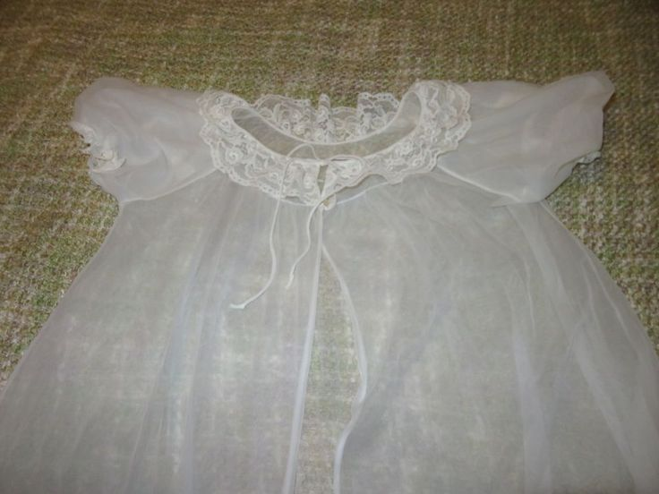 Vintage Off-White Lisette Frilly Nylon Robe 1960s PASTEL PUNK Baby Doll Sleeves #Lisette