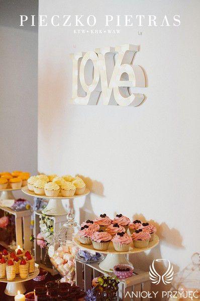 13. Electrical Wedding,Sweet table decor / Elektryczne wesele,Dekoracje słodkiego stołu,Anioły Przyjęć