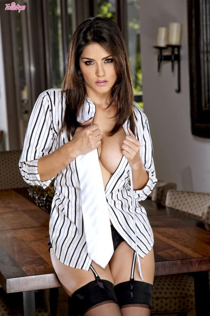 Consider, that Sunny Leone nude white shirt opinion