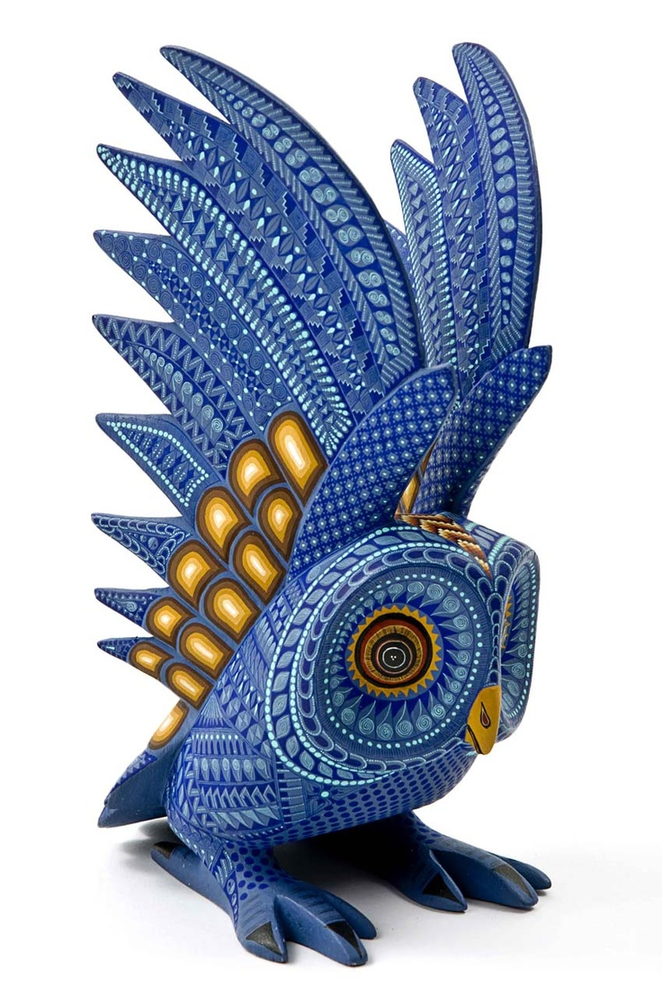 Alebrije.... I don't know what that means, or what this is made from, but I freakin' want it.