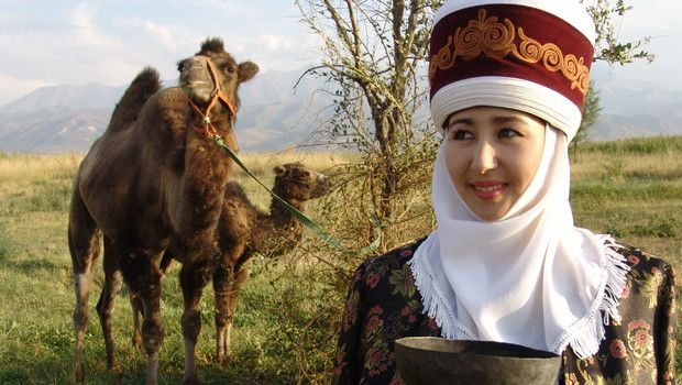 Kirgizië Een hartelijk welkom met een kopje thee, Han Chinese in Karakol Kirgizië