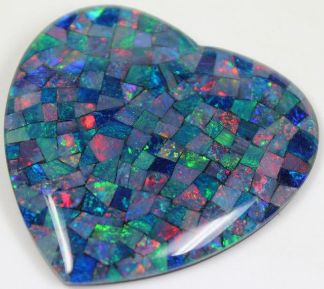 109.60 CTS TOP QUALITY HEART MOSAIC OPAL ELECTRIC COLOR PLAY C5486