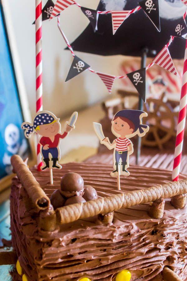 Το πειρατικό πάρτυ για τα 5α γενέθλια του Γιώργου και η τούρτα - πειρατικό καράβι - Myblissfood.grMyblissfood.gr