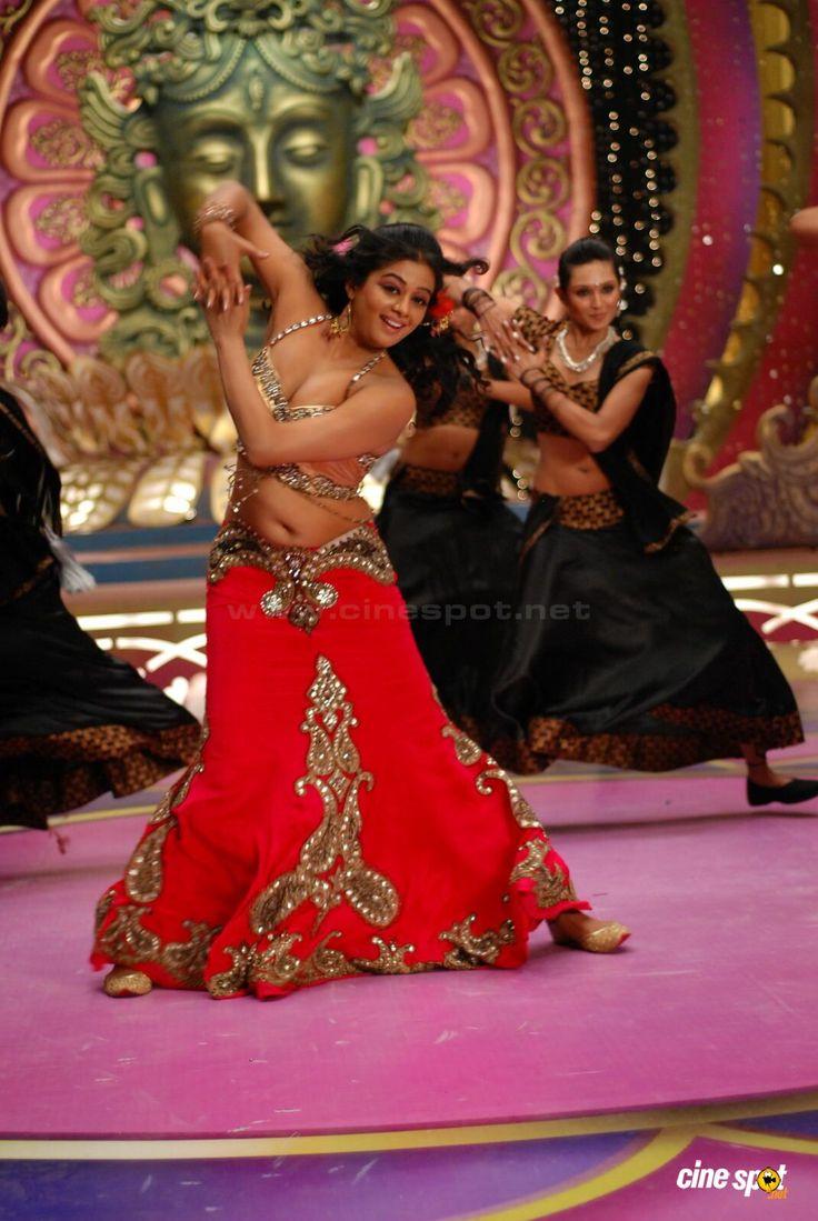 Priyamani latest hot stills priyamani latest hot photos images pics - Actress Priyamani Hot Navel Show 17 Priyamani Pinterest Navel Actresses And Indian Actresses