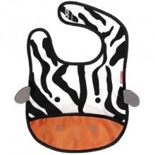 Slabbetje Zebra, Skip*Hop    Leuk slabbetje van het merk Skip*Hop met heldere kleuren en een blij zebra gezichtje. Dit slabbetje spreekt veel kinderen aan.    Met een handig opvangzakje.    Handige weetjes:    Ingebouwd wegstop zakje - perfect voor reizen en het opslaan van vieze slabbetjes  Lichtgewicht, water-bestendig materiaal  Catch-all voedsel zakje, om het schoon te houden tijdens de maaltijd  Soft-touch Velcro klittenband sluiting