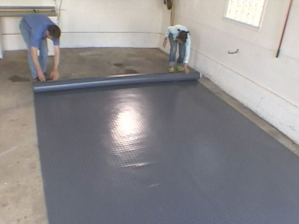How to install polyvinyl flooring in a garage these easy for Cheap floor covering