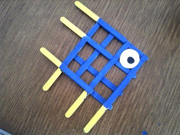 lesbricodelo.centerblog.net, craft, recycle, popsicle sticks, fish, elementary school, primary school, knutselen, kinderen, basisschool, lollystokjes, vis