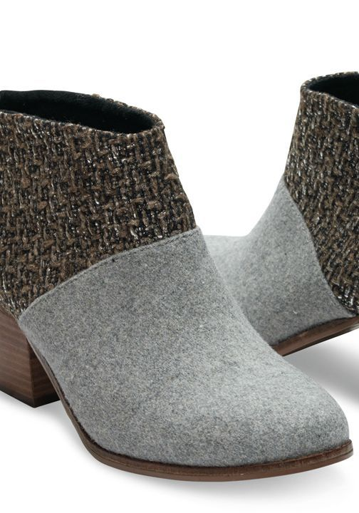 Designed in felt with a stunning silver ankle, you'll wear this pair day and night.
