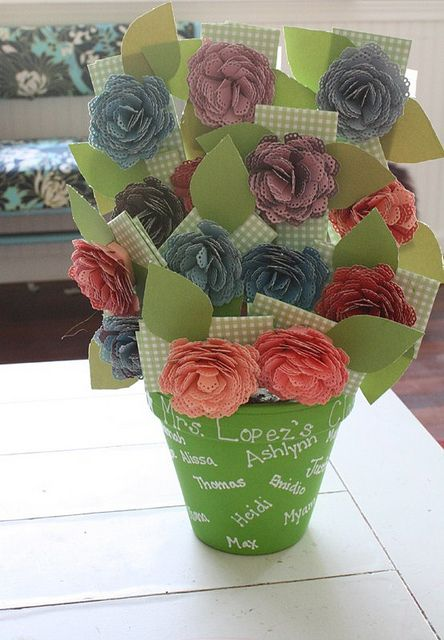 Teacher Gift Card Bouquet by 3 Four and Under. Teacher appreciation gift.