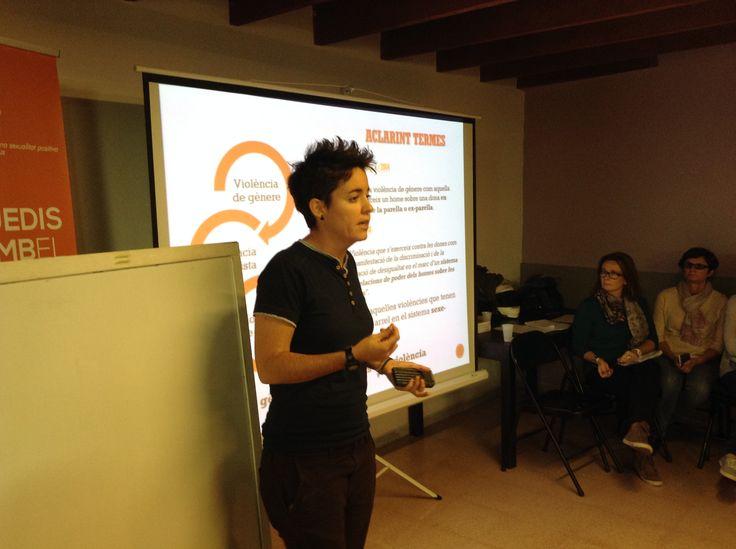Miriam Aleman, de Candela, ens parla de les violències de gènere