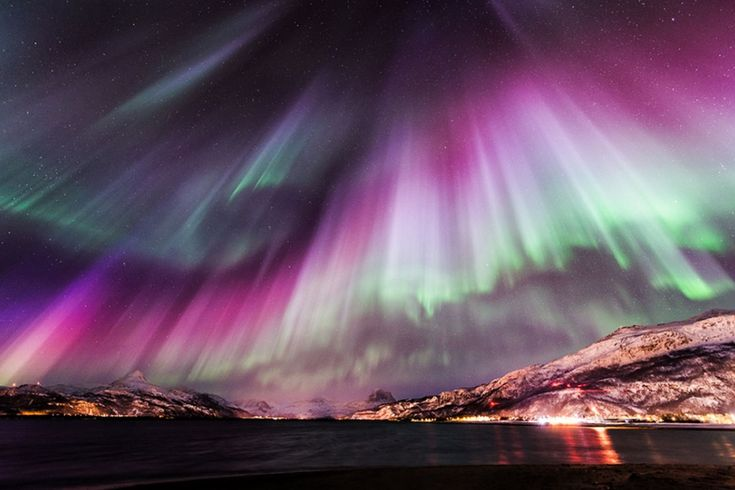 Northern Lights! Northern Scandinavia --> Nature Bucketlist: The 17 Prettiest Places of Nature in the World