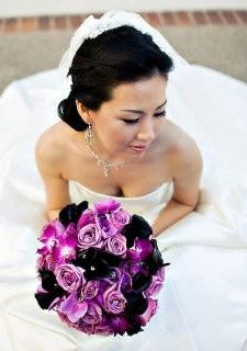 purple and black: Wedding Ideas, Color, Wedding Bouquets, Wedding Stuff, Weddings, Wedding Flowers, Purple Wedding, Dream Wedding