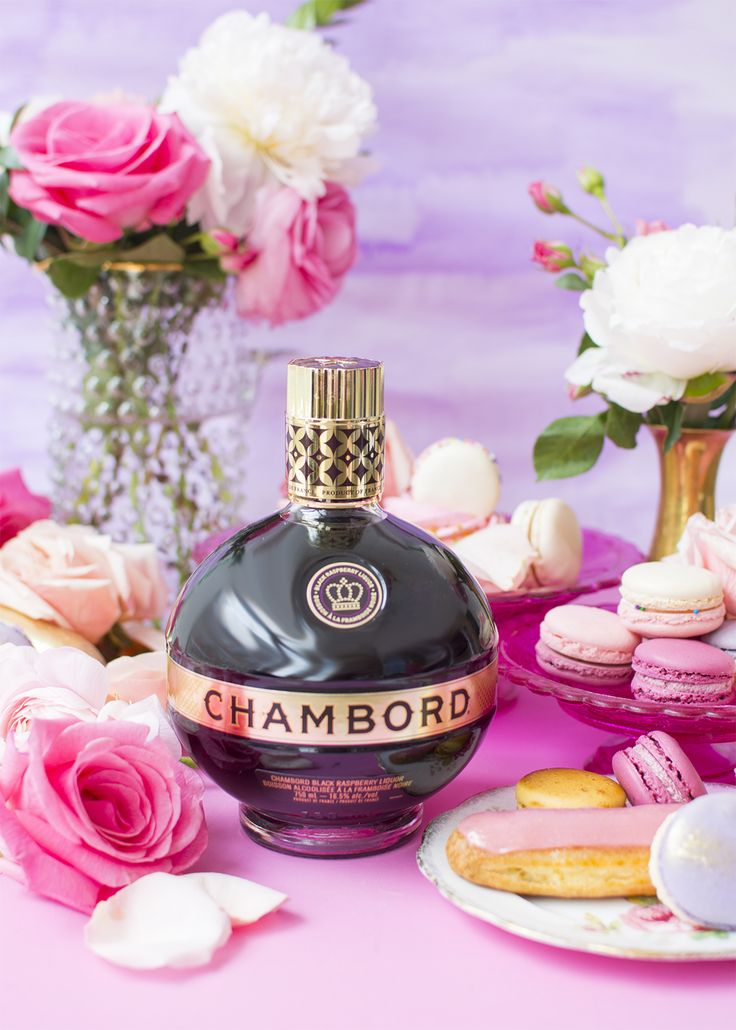 Win a dream brunch in Vegas for you and your bestie with Chambord! Click the image to enter! #PunchandBrunch