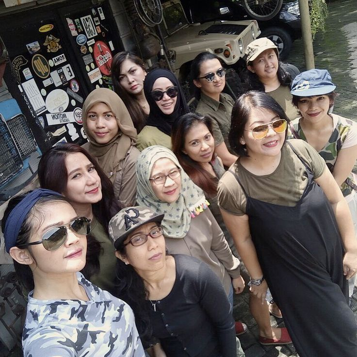 "Batch 11, ""ARMY LOOK"" by IMLC Mommies, at Kopi Boutique/Yesterday Backyard Coffee shop, Cipete, South Jakarta."