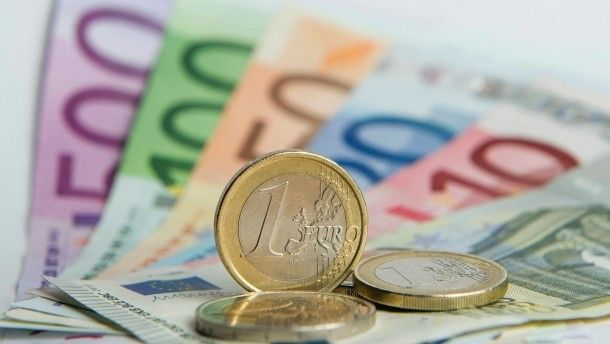 [DE] OECD-Studie: Deutsche Singles zahlen hohe Steuern
