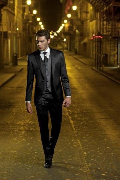 Свадебный мужской костюм итальянский силуэт