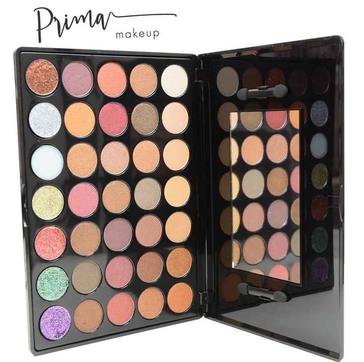 Nádherná paletka Festive od značky Prima makeup <3 obsahuje 28 vysoko pigmentovaných očných tieňov a 7 nádherných glitrov 😍