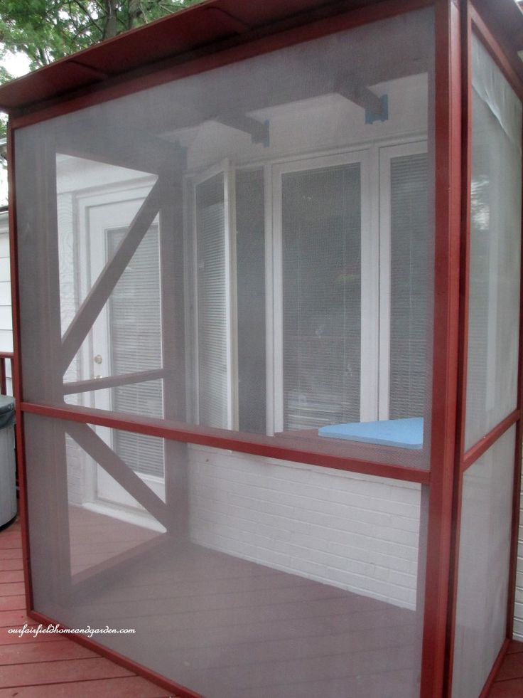 Build A Catio A Tiny Screen House For Kitty Cats Need