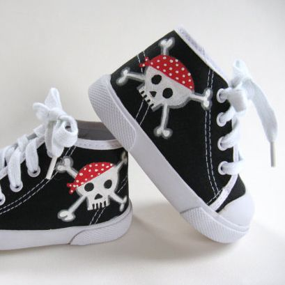 Handmade pirate baby sneakers! Arghhh.