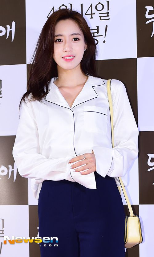 T-ara EunJung attended the VIP premiere of 'Two Rooms, Two Nights' ~ T-ara World ~ 티아라