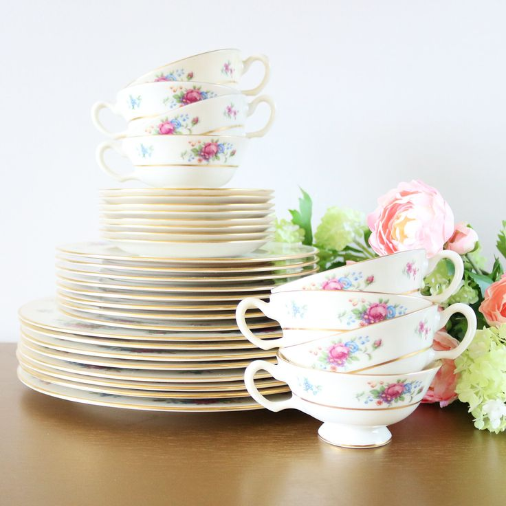 Vintage Lenox Rose Dinnerware Set For 8 - House of Andaloo Vintage Collection. Vibrant and lively, this vintage Lenox dinnerware set for 8 will make a beautiful new addition to your fine china collection. Elegant yet playful, this 32-piece dinnerware set includes eight 4-piece place settings with everything you need to host a dinner party for 8.