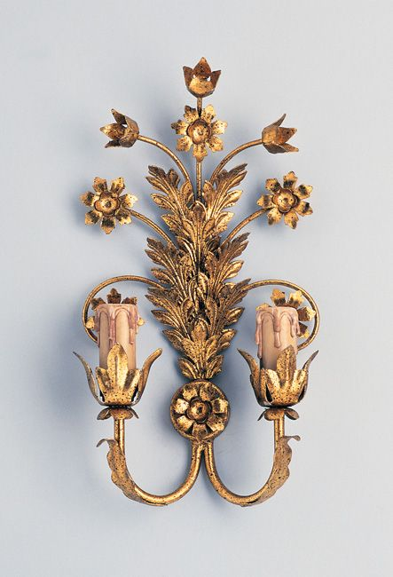 W4-030 - 2 Arm Flowers Wall Light, Gold Paint Finish