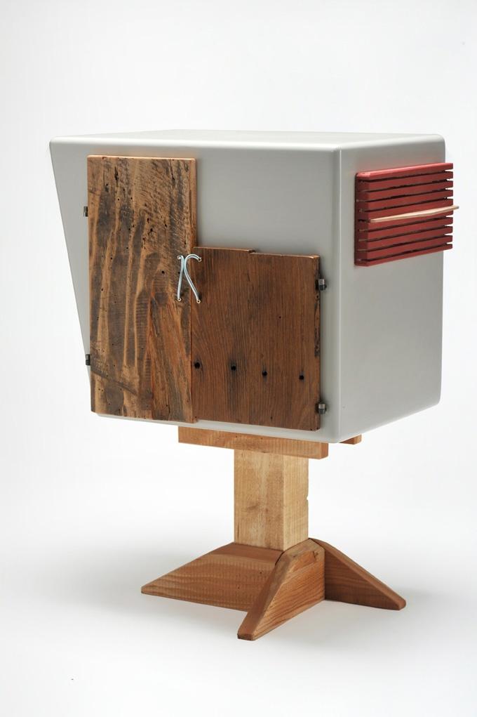 Pupazzo#3 #legnodirecupero #riciclo #riutilizzo #mobili #ecodesign #reclaimedwood  #recicledwood #reclaimedmaterials #furniture #maderarecuperada #maderareciclada  #materialesreciclados #diseño #decoracion #madeinitaly #woodcraft #handmade #hechoamano #artesanal #reclaimed #riuso #arredo #ecofurniture  #design     #interni  #interiors  #estanteria  #muebles  #amedida  #sumisura  #customizefurniture #oggettivecchi #oldobjects #objetosantiguos
