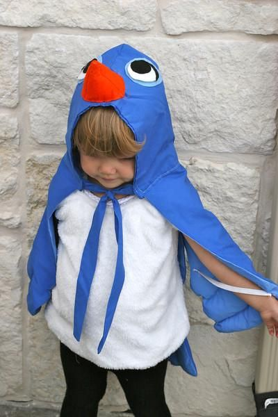DIY Tutorial: DIY Girls Halloween Costumes  / Bluebird Costume Tutorial - Bead&Cord