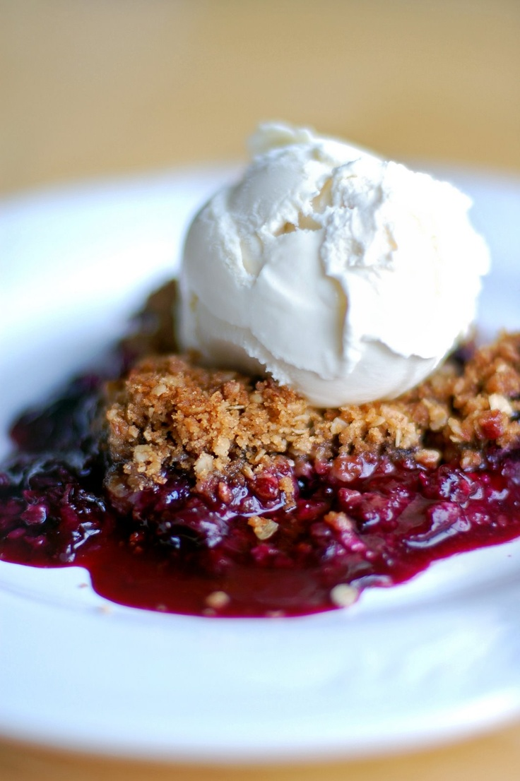 Blueberry Crisp | Sweet Treats | Pinterest