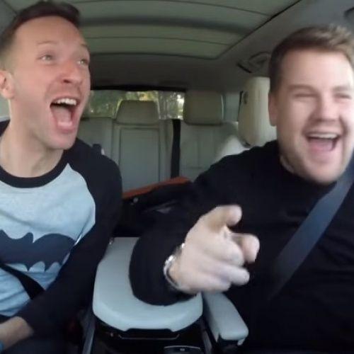 Viva La Carpool Karaoke! Tijdens een ritje van slechts 650 kilometer is er sowieso genoeg tijd om even een paar riedeltjes te zingen. Chris en James geven alles...