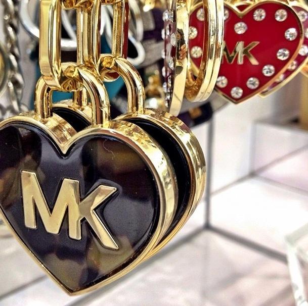 bcca499b85b1 Brand new Gold Heart Key Chains  ID04 – Advancedmassagebysara