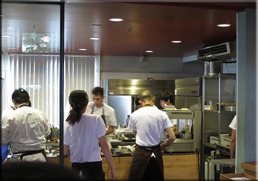 AQB59 レストランをめぐるグルメのめくるめくメルクマール (早口言葉) : ひと夜限りのバル・アコルドゥ、週末その二