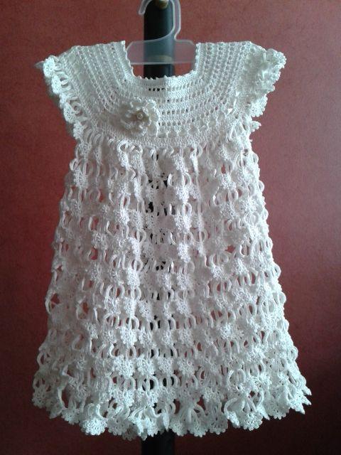 https://www.facebook.com/rosafornocollection Descripción: Nuestros productos son elaborados de forma personalizada, pechera a crochet con adorno de rosetón perlado. #RosaFornoCollection #Crochet #crochet #ganchillo