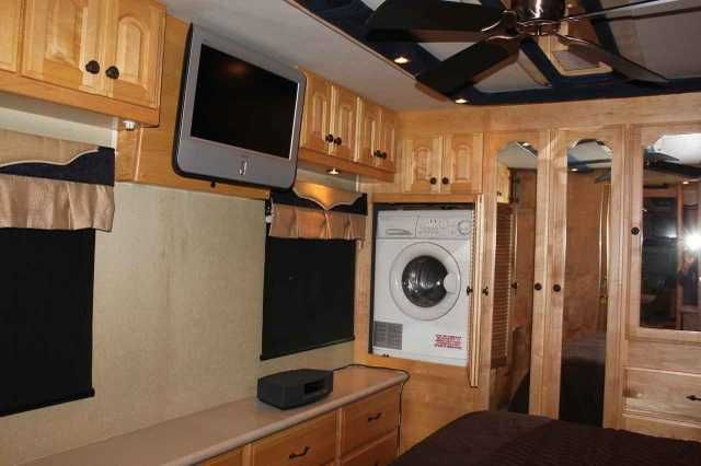 2005 Used American Coach American Eagle 40W Class A in Texas TX.Recreational Vehicle, rv, Time for an upgrade? 2005 American Eagle 40W, 69.9K mi. 400HP, 2 slides, W/D combo, wood floors, recliner, heated tile, MCD electric window shades, TV upgrade, in motion satellite, storage trays. Many factory options also. Non Smoking, no pets, always stored inside. Has been such a good unit we have 2016 Eagle on order. Located in Texas zipcode 76444. Asking $105,000.00 254-893-6161.