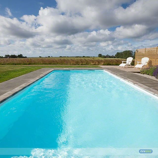 Great view from a great pool... :-) #lifestyle #design #health #summer #relaxation #architecture #pooldesign #gardendesign #pool #swimmingpool #pools #swimmingpools #niveko #nivekopools