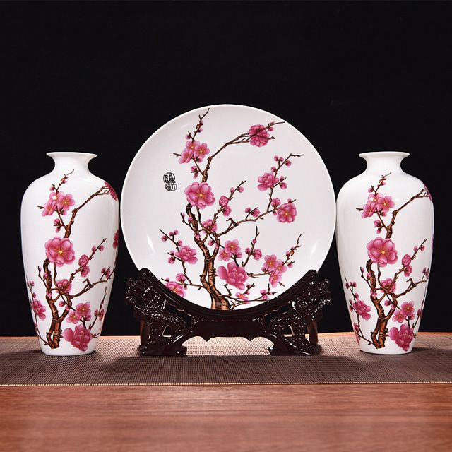 Antique Jingdezhen Flower Plum Vase Traddtional Chinese Style Wedding Decoration Ceramic Vase Vintage For Home Decoration Gift