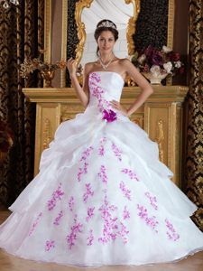 Dazzling Strapless Organza Appliqued Sweet Sixteen Dresses in White